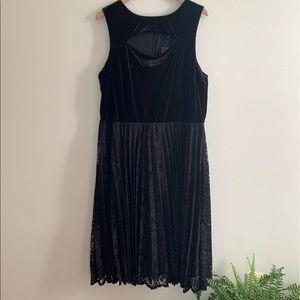Lane Bryant Velvet/Lace Black Dress, Size 20, NWT